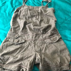 💖2 for $40💖Armour jeans cute little brown romper